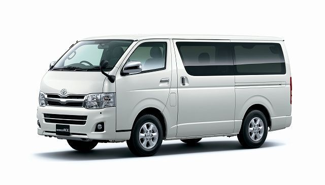 vehicle_toyota_hiace_super_grandia_2012.jpg
